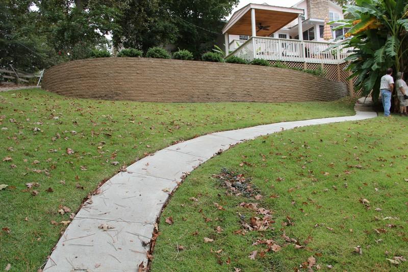 Landscaping Retaining Walls Paver Driveway Around Lake